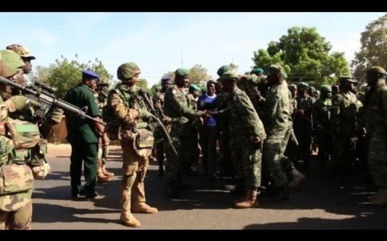 Senegal soldiers welcomed in Gambia