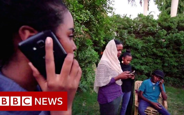 Has an internet blackout killed Sudan's revolution? – BBC News