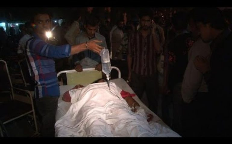 55 killed in suicide blast at Pakistan-India border post: police